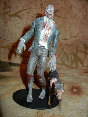 Зомби с мутировавшей собакой. 1 часть